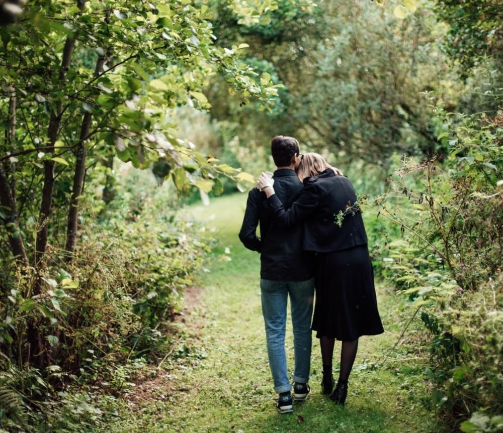 Relationship Therapy: What It Is and How to Tell If It's Right For You Image
